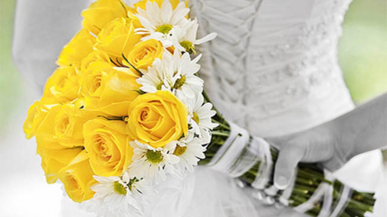 Bouquet Sposa Margherite E Rose.Bouquet Da Sposa Giallo 20 Idee Per Il Matrimonio Estivo