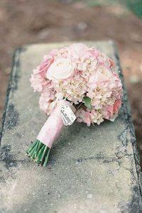 bouquet da sposa piccolo e pratico