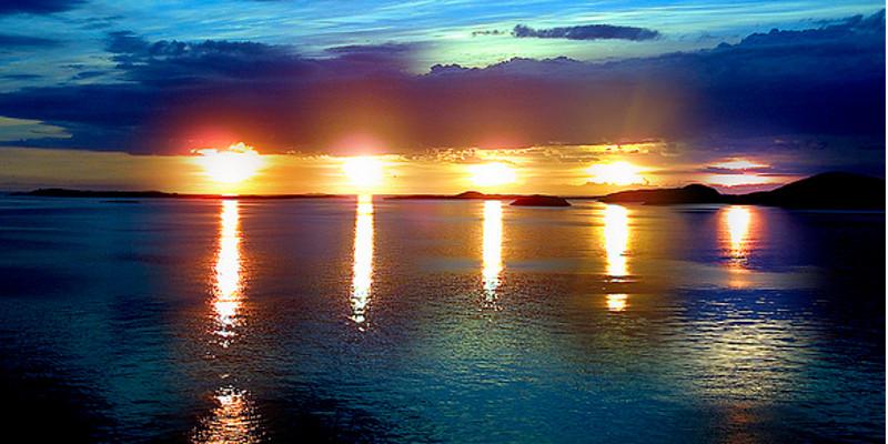 fenomeno naturale sole di mezzanotte in norvegia agosto